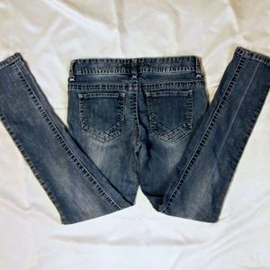 Rue 21 Low Rise Skinny Jeans Size 5/6